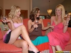 Cheating Wife Tarah: Frisky With Friends